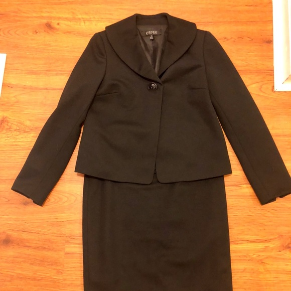 Suits & Suit Separates Kasper Skirt Suit 4p